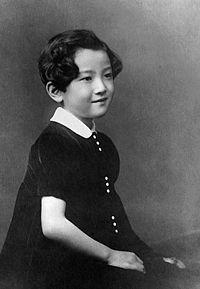美智子さま5歳頃の写真。